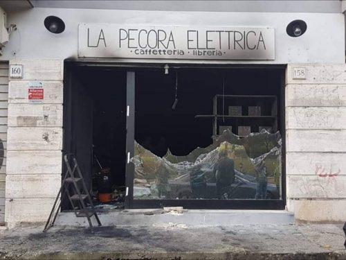 La Pecora Elettrica, a Roma l'ignoranza nutre le fiamme della violenza