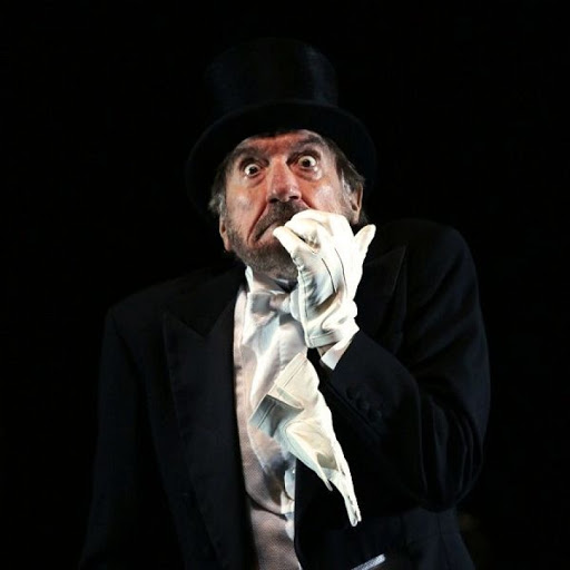 @Re_Censo Addio a Gigi Proietti, magnifico attore italiano